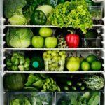 Vì sao không nên dự trữ rau củ trong tủ lạnh?